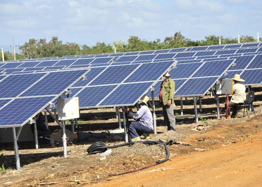 sancti spiritus, parque solar fotovoltaico, empresa electrica