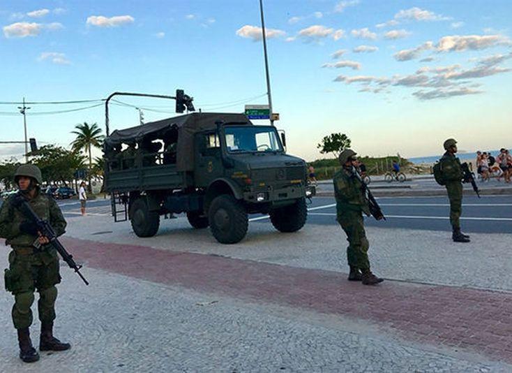 brasil, michel temer, carnaval, militares