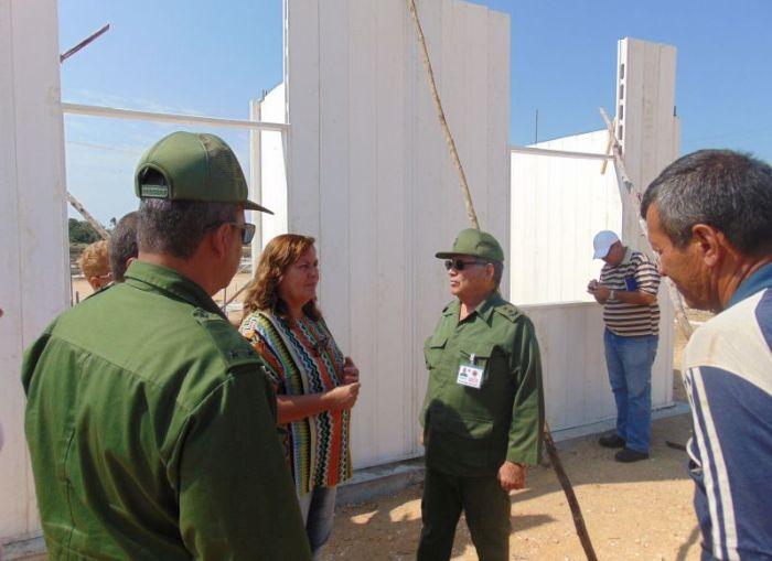 yaguajay, petrocasas, huracan irma, construccion de viviendas, ramon pardo guerra, estado mayor nacional de la defensa civil