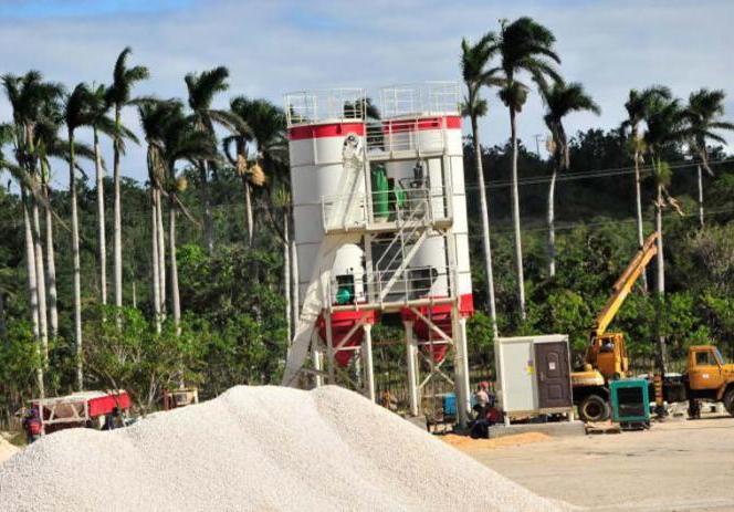 Sancti spiritus, empresa de construcción y montaje, yaguajay, huracán irma, hormigón hidráulico, construcción de viviendas