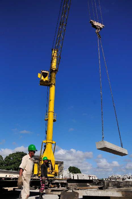 sancti spiritus, empresa de construcción y montaje, gran panel, hormigón hidráulico, materiales de la construcción