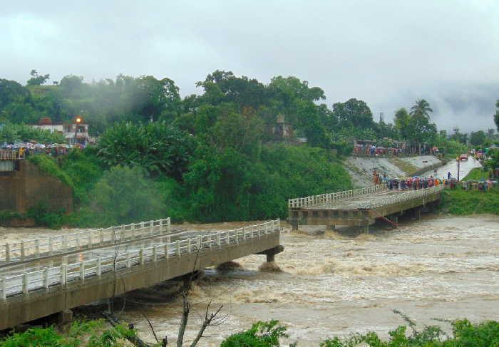 sancti spiritus, zaza del medio, lluvias en sancti spiritus, taguasco, puente del rio zaza