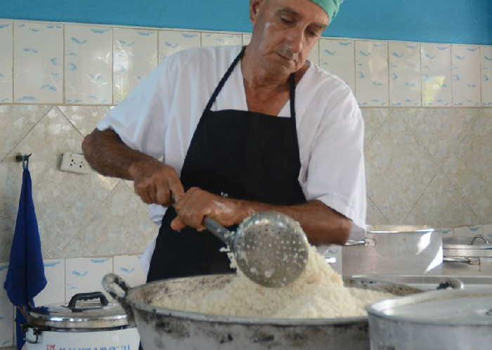 sancti spiritus, sector cañero-azucarero, azcuba