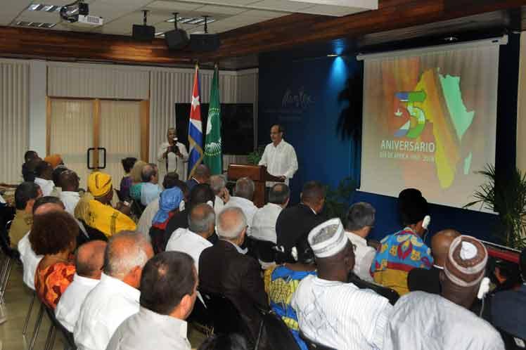 Cuba, África, relaciones