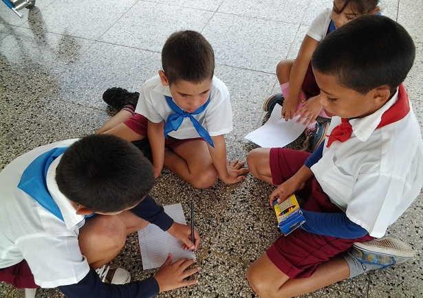 sancti spiritus, educacion, enseñanza primaria, uniforme escolar, comercio