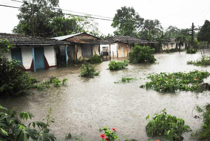 sancti spiritus, lluvias, rio zaza, comunidades, desbordamiento de rios