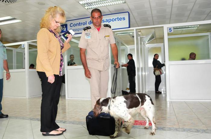 Aduana, drogas, Cuba