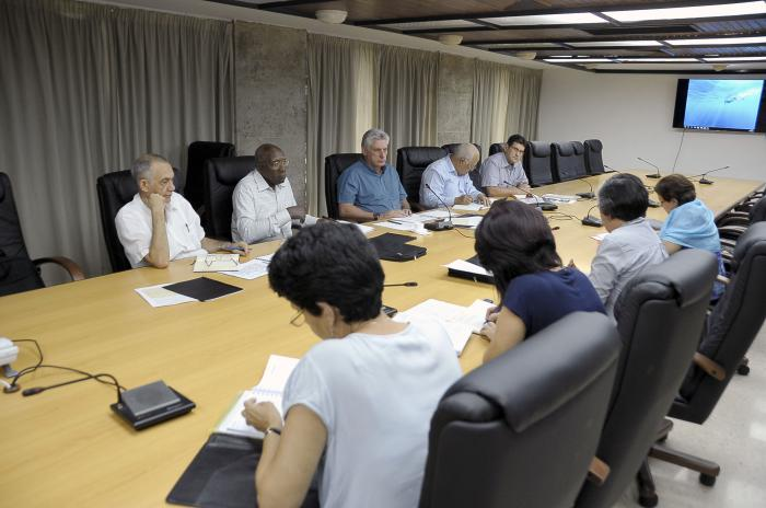 Díaz-Canel, Cuba, empleo, inversiones