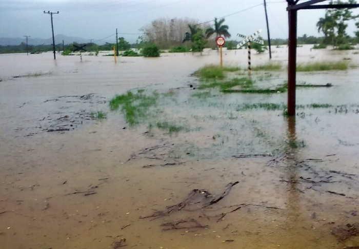 trinidad, intensas lluvias en sancti spiritus, rio agabama, central fnta