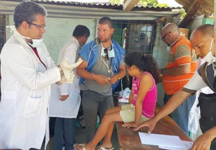 cuba, ecuador, medicos cubanos