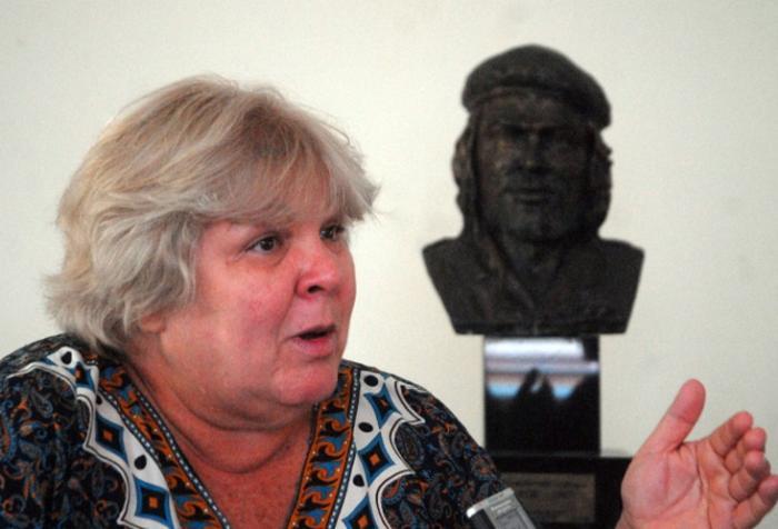 En Rosario, los trolebuses llevarán la imagen del Che Guevara