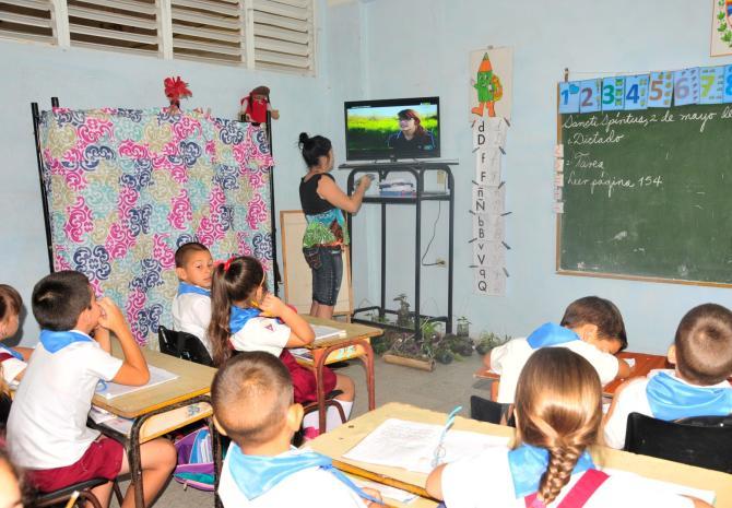 sancti spiritus, reperacion de centros educacionales, educacion en sancti spiritus, inversiones