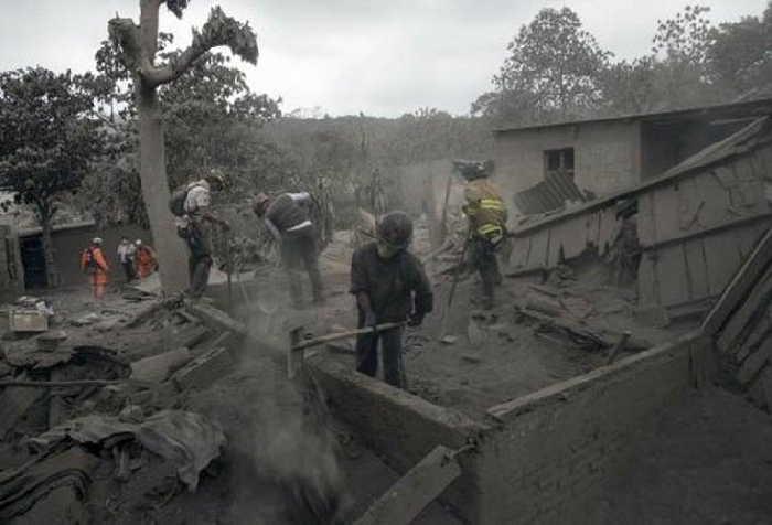 guatemala, volcan de fuego