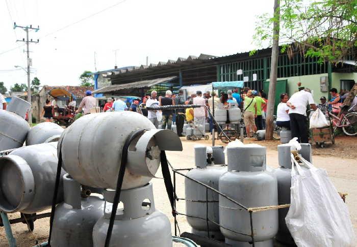 sancti spiritus, venta de gas liberado, refineria sergio soto