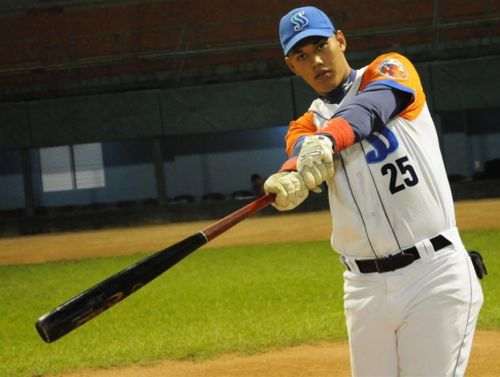 Béisbol. Gallos, Luis Daniel Serrano