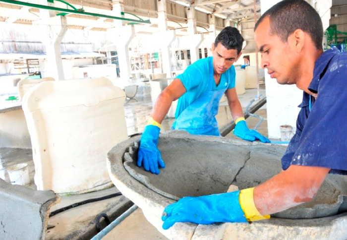 sancti spiritus, fabrica de asbestocemento, tanques para agua