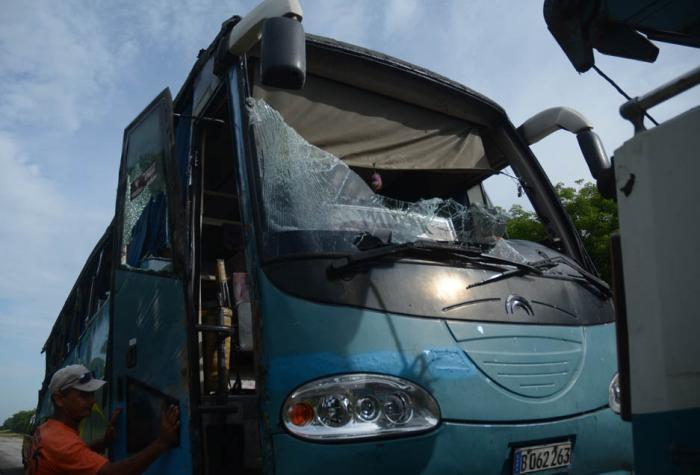 sancti spiritus, accidente de transito, autopista nacional, hospital provincial camilo cienfuegos