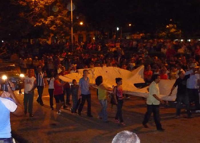 sancti spiritus, guayabera, carnavales