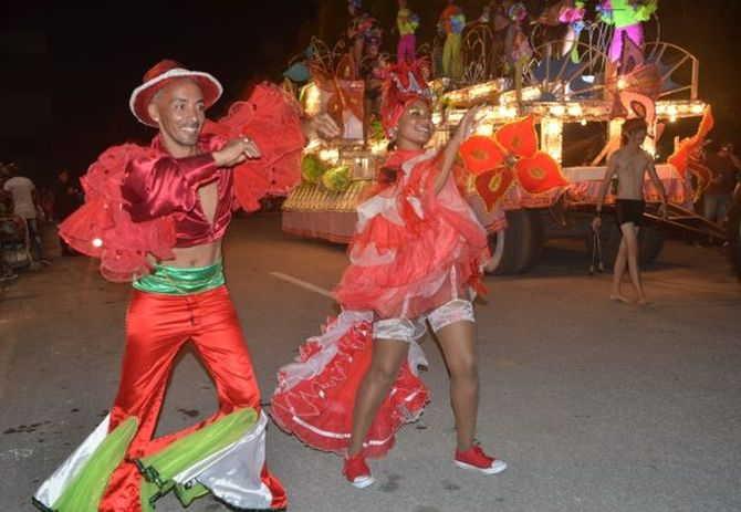 sancti spiritus, carnavales, santiago espirituano, fiestas tradicionales