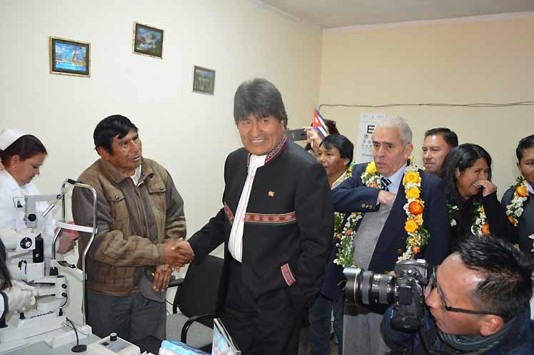 Bolivia. Evo Morales, Operación Milagro