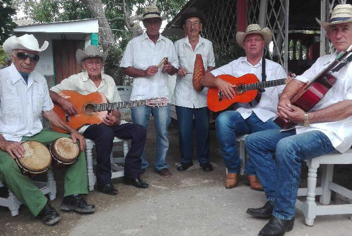 sancti spiritus, cultura, punto cubano, parranda tipica de arroyo blanco