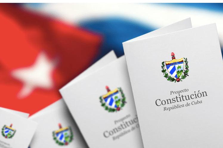 Reforma constitucional, Cuba, emigrados