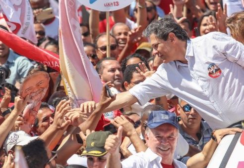 Haddad reemplaza a Lula como candidato
