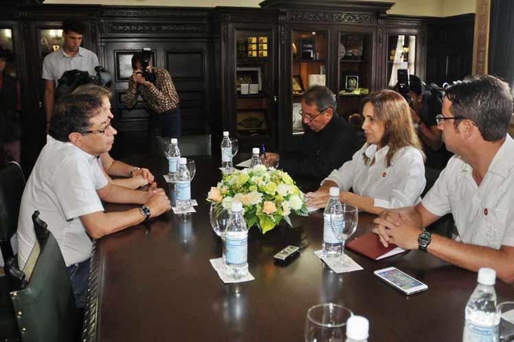 Cuba, Colombia, Parlamento cubano, Gustavo Petro
