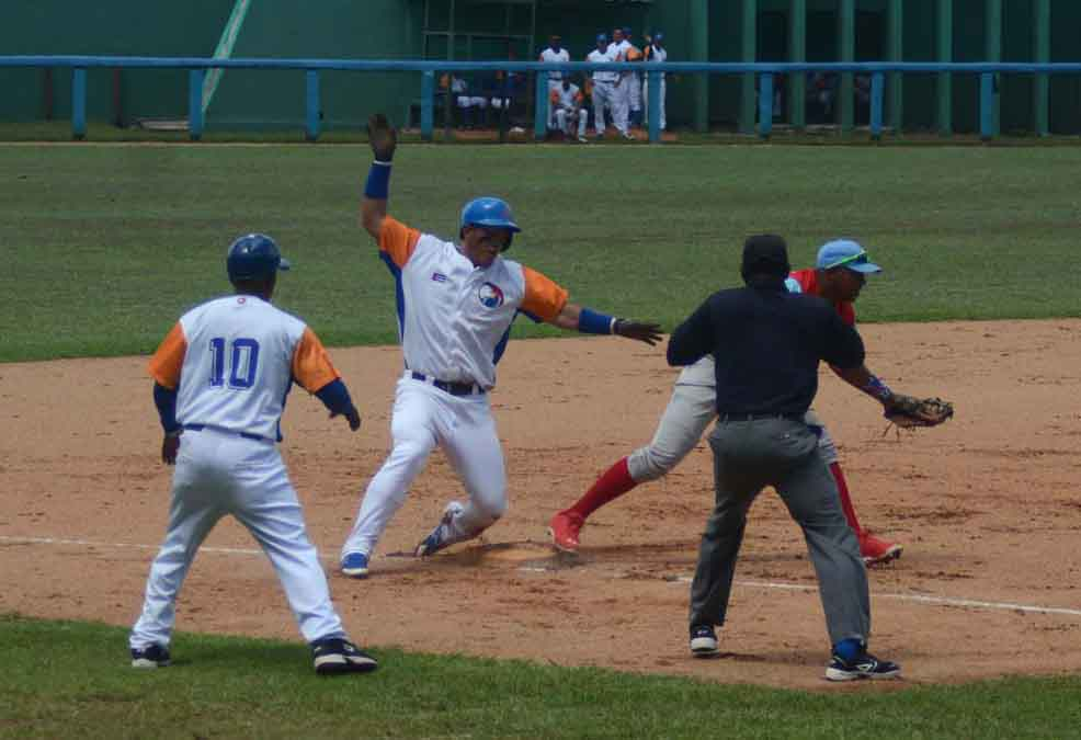 Béisbol, Gallos, Tigres, Sancti Spíritus