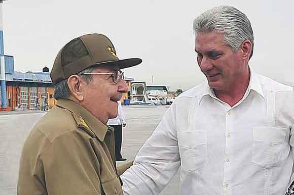 Raúl Castro, Díaz-Canel