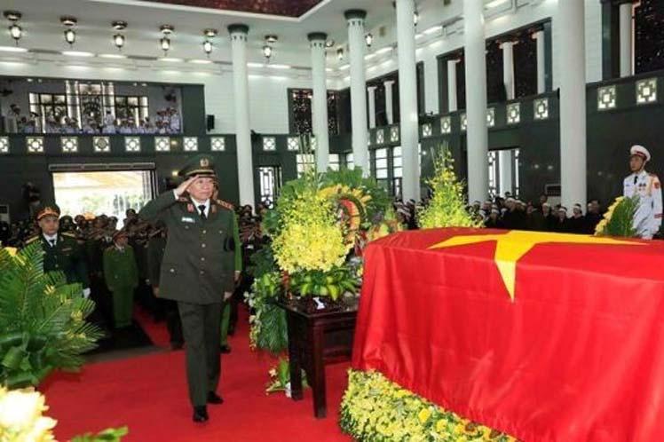 Vietnam, presidente fallecido