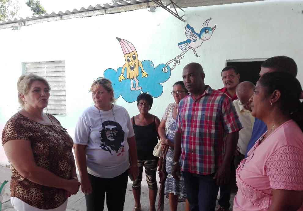 Caracusey, educación, Trinidad