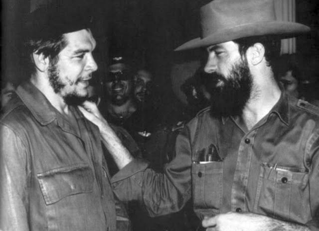 Niños y jóvenes camagüeyanos rinden tributo a Camilo y Che (+ Audio)