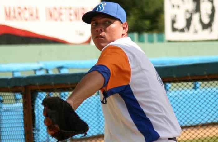 Béisbol, Gallos, Yariel Rodríguez
