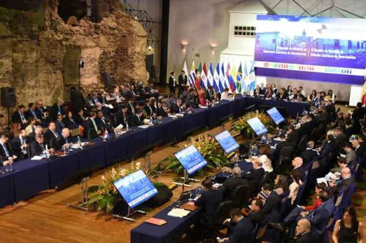 cuba, cumbre iberoamericana, bruno rodriguez, bloqueo de ee.uu a cuba