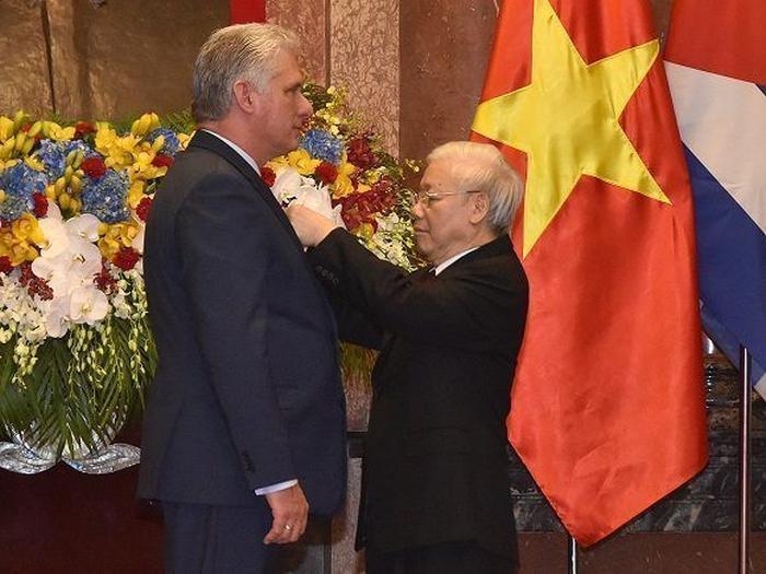 cuba, vietnam, presidente de cuba en vietnam, miguel diaz-canel