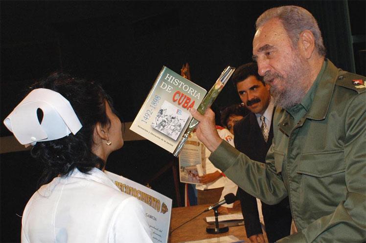 cuba, fidel castro, presidente de cuba, miguel diaz-canel, medicos cubanos