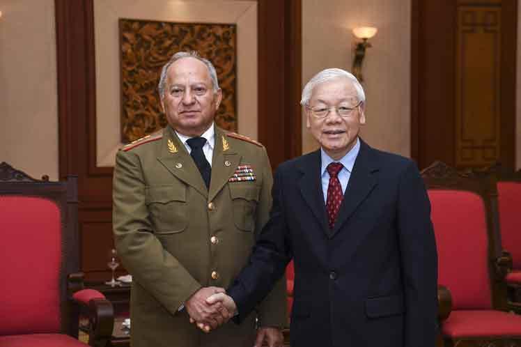 cuba, vietnam, fuerzas armadas revolucionarias, far, leopoldo cintra frias