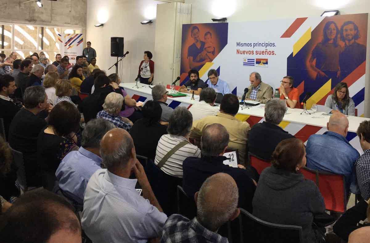 Frente Amplio, Uruguay, OEA, Luis Almagro