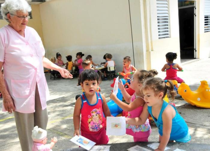 sancti spiritus, educacion, perfeccionamiento, sistema nacional de educacion