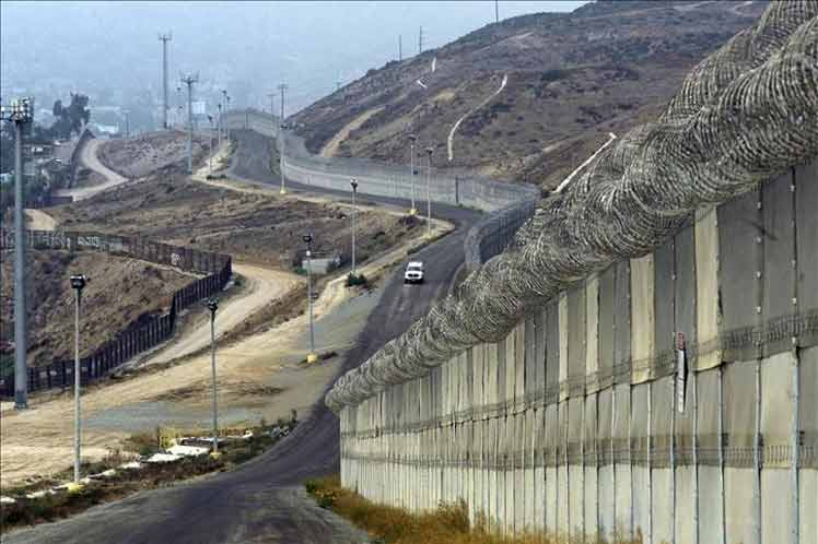 Donald Trump, Congreso, frontera, México