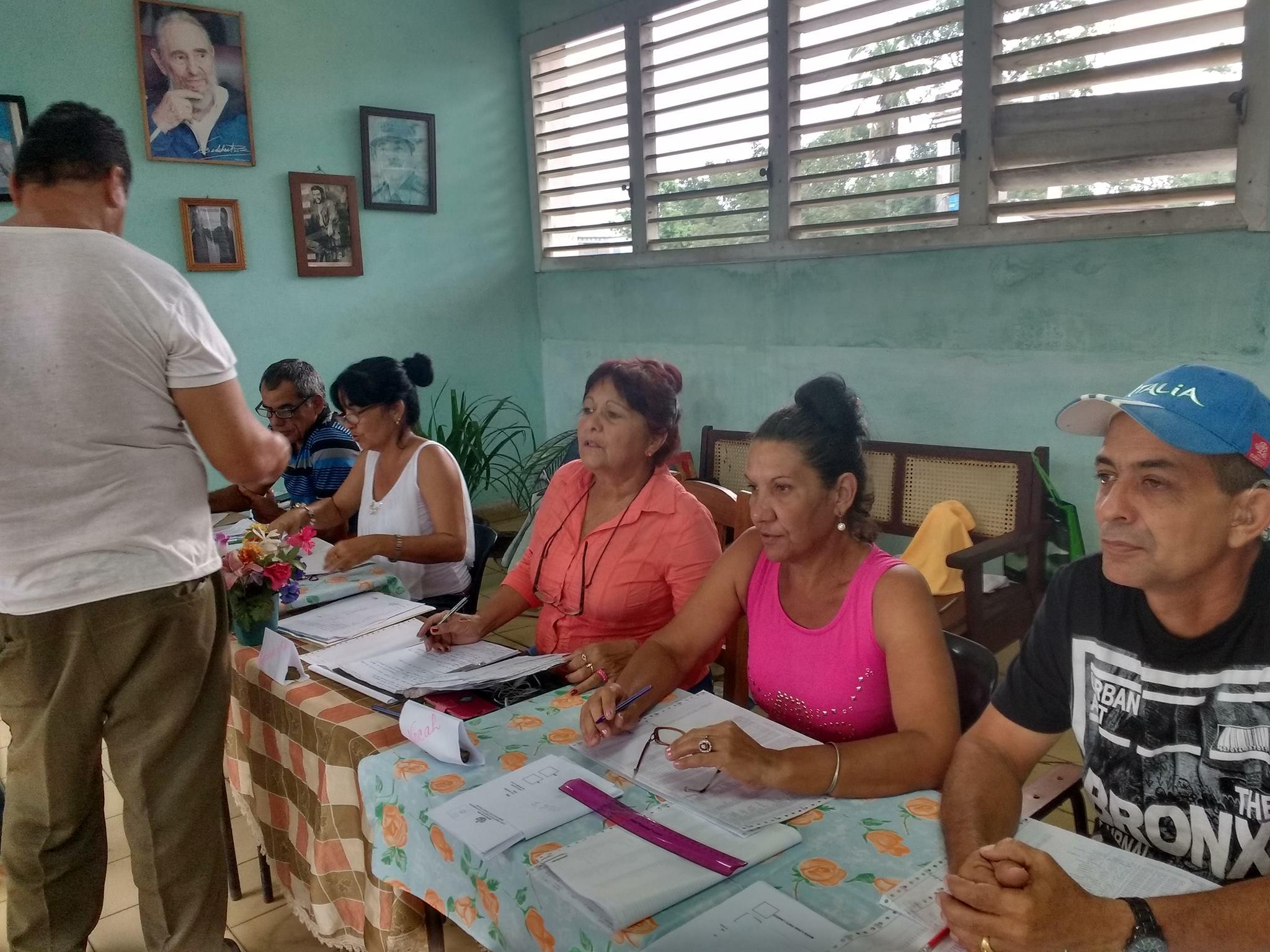 Prueba dinámica del referendo constitucional — En Cuba