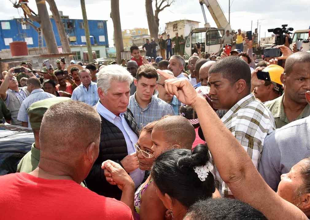 Diaz-Canel, tornado, La Habana