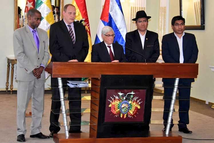 El canciller Diego Pary se refirió al apoyo brindado por Cuba a Bolivia en áreas como la educación y salud. (Foto: CubaMinrex)