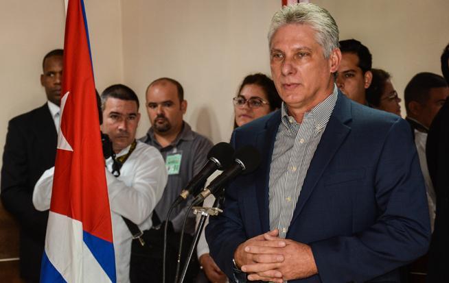 cuba, venezuela, medicos cubanos, the new york times, miguel diaz-canel, presidente de cuba