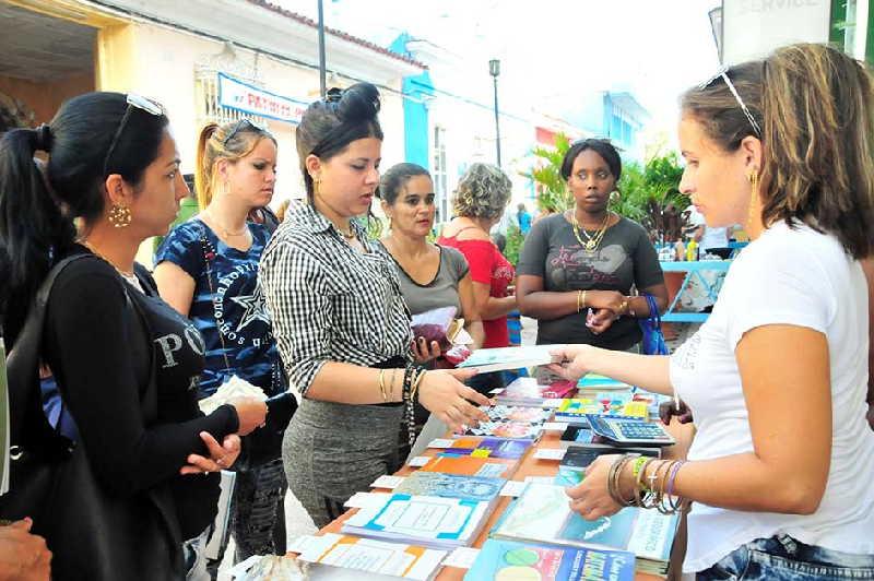 Este domingo concluye la Feria del Libro en Sancti Spíritus. (Foto: Lisandra Gómez)