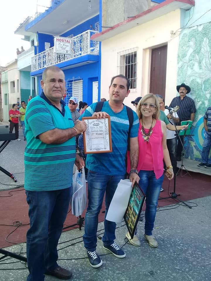 El periodista cabaiguanense Alexey Mompeller se alzó con el tercer lugar.
