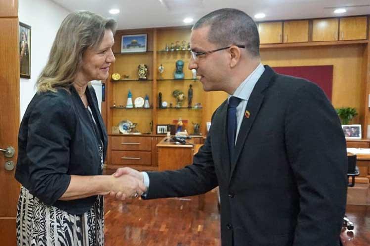 La comitiva prepara la visita a Venezuela de la alta comisionada de la ONU para los Derechos Humanos Michele Bachelet. (Foto: PL)