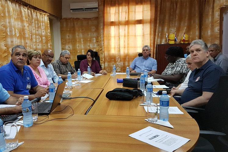 Como parte de la visita de trabajo del Consejo de Ministros a Matanzas, Díaz-Canel se reunió con directivos universitarios. (Foto: PL)