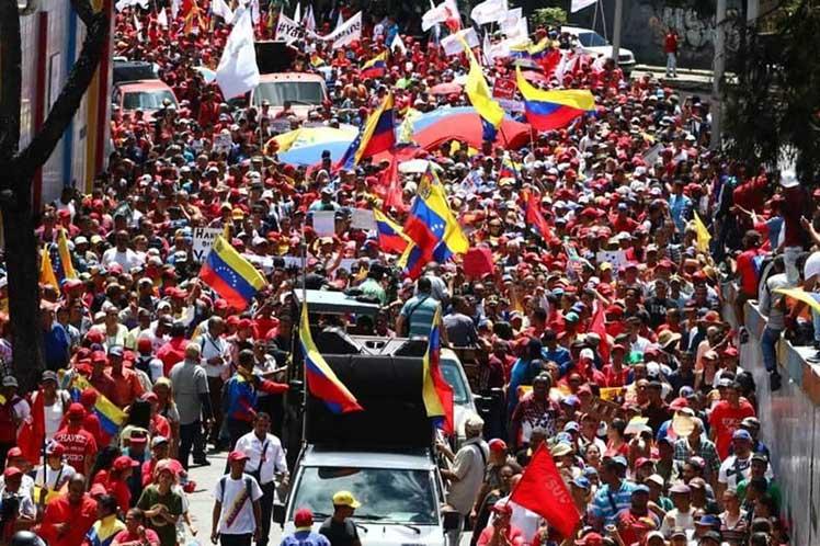 La movilización de este sábado ratifica al mundo de que Venezuela es libre, digna e independiente. (Foto: PL)